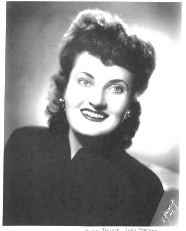 Jeanne Goodman Headshot 2